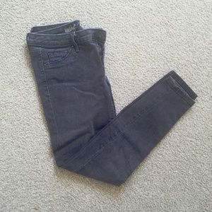Mossimo faded black jeans worn once size 4/27